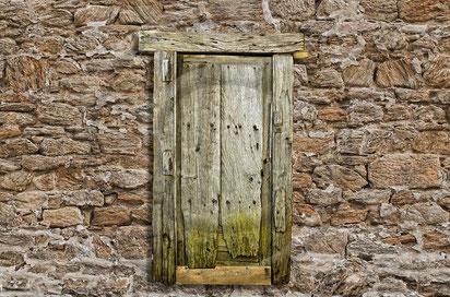 Anheimelnd vertrautes DIN-Türenkonzept