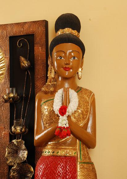 thailändische Statue Sawadee Kha
