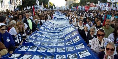 Mindedemo i Buenos Aires for de forsvundne kammerater