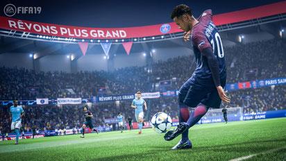 Neymar in FIFA 19 zeigt seine Ballkünste. Bild: EA Sports