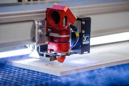 Lasergravuren und Lasertechnik für Werbemittel