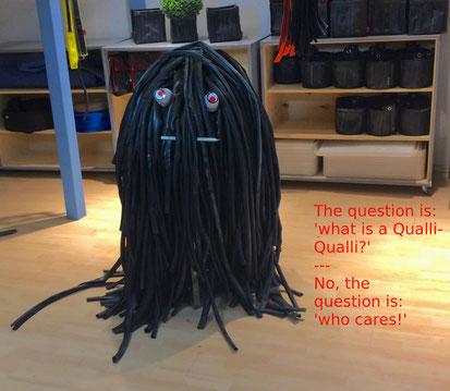 Qualli-Qualli, die Schlauchqualle aus Fahrradschlauch von Stef Fauser Design