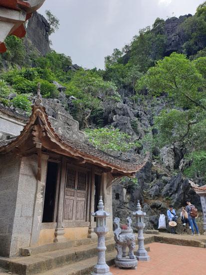 Bich dong Pagoda auf dem Berg