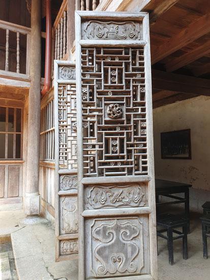 Palasttür Hmong Palace