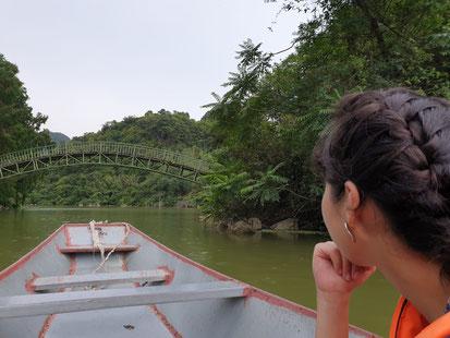 Bootsfahrt über den See im Bird Park