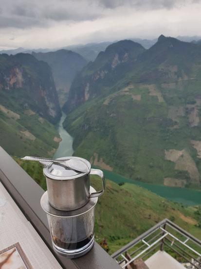 Kaffee am Ma PIe Leng Pass
