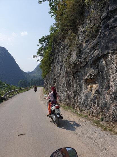 Straße auf dem Ha Giang Loop