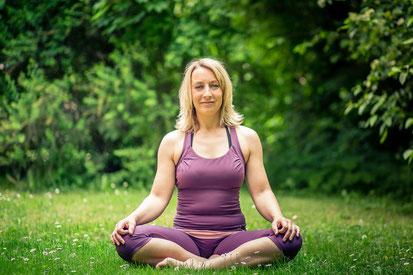 Simone Becker, Yogalehrerin