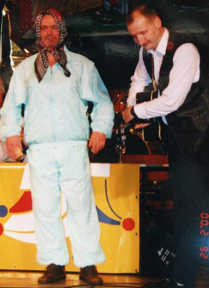 Klaus Gerlach und Molli mit dem Song von Frau Zindler und dem Knallerbsenstrauch