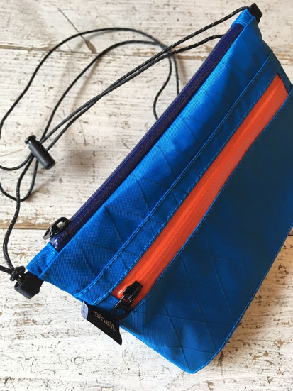 Blue② 上(Navy Zip)下(Orange Zip)