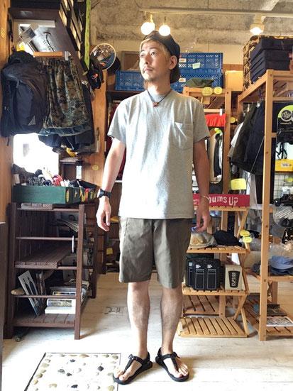 ※172㎝61㎏体型でサイズ「4(M)」着用(Khaki)