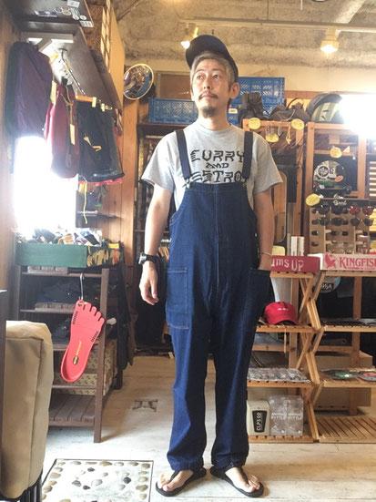 ※172㎝65㎏体型でサイズ「M」着用(Denim Navy)