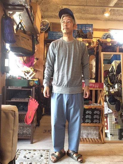 ※172㎝64㎏体型でサイズ「M」着用(Gray Marl)