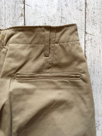 背面ポケット(両サイドあり)BEIGEはチノ仕様