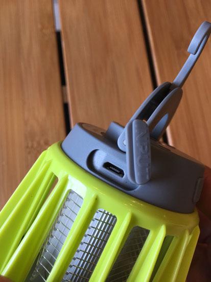充電はUSB充電なので楽チン!!