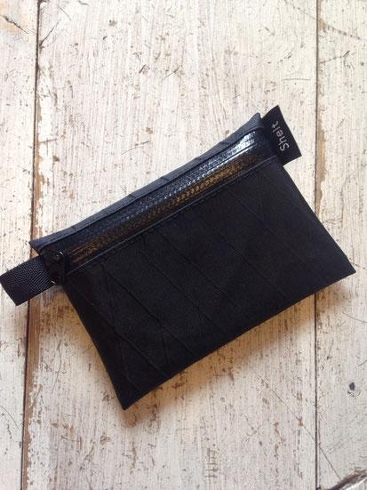Black×Black Zip