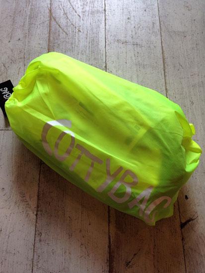 HIGHLIGHT YELLOW ※収納袋と同じカラーです。