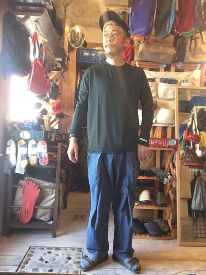 ※172㎝64㎏体型でサイズ「M」着用(Heather Grey)