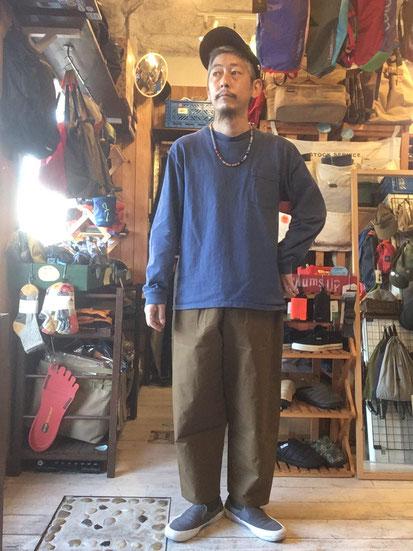※172㎝63㎏体型で着用(KHAKI BEIGE)