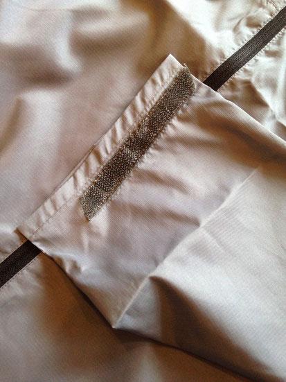 袖周りベルクロテープ