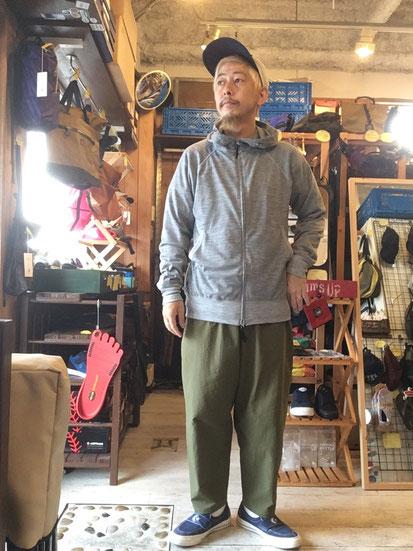 ※172㎝64㎏体型でサイズ「L」着用(Gray Marl)
