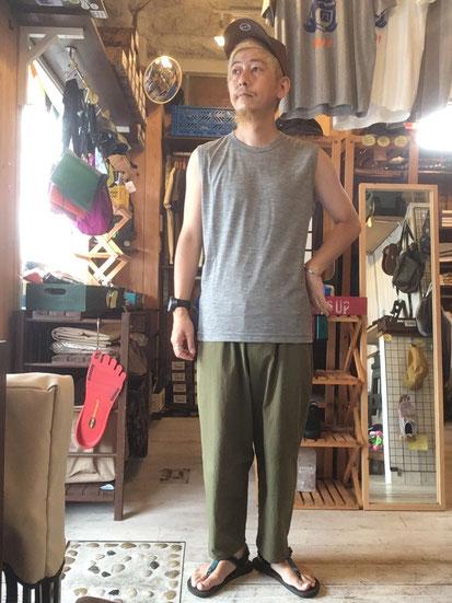 ※172㎝64㎏体型でサイズ「M」着用(Grey Marl)
