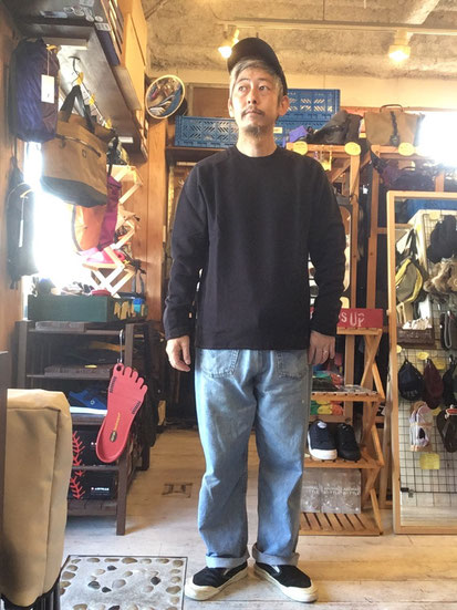 ※172㎝65㎏体型でサイズ「L」着用(Black)