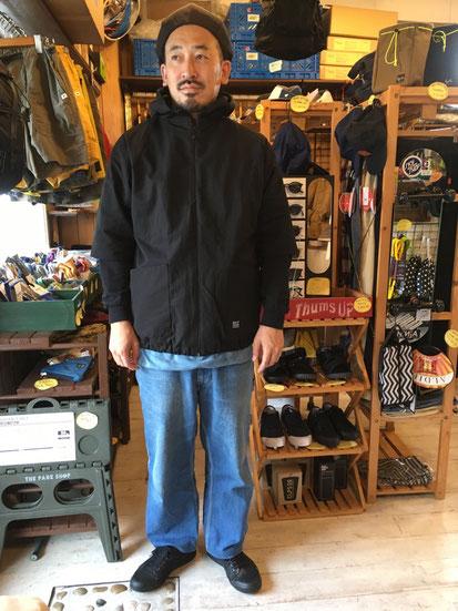 ※181㎝83㎏体型でサイズ「XL」着用(Black)