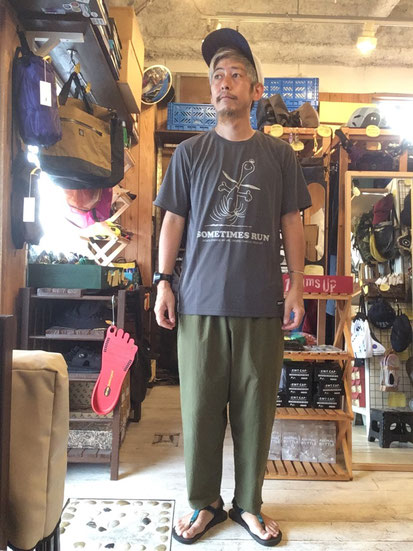 ※172㎝64㎏体型でサイズ「L」着用(Sumikuro)