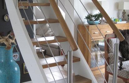 Treppe Massivholz Eiche Edelstahl Raumspartreppe
