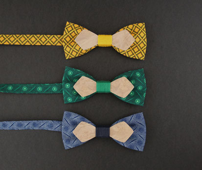 Noeud pap bois tissu coloré jaune, vert et bleu marine