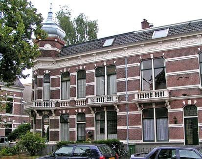 Burghardt van den Berghstraat 17 Van Dulkenstraat rijksmonument