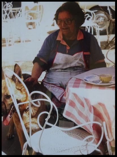 Clemence Flour Auberge Provençale Crillon le Brave