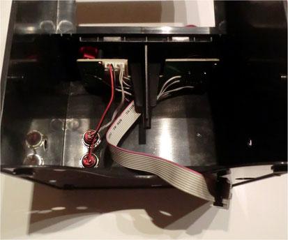 montierte Joystickeinheit mit Flachbandkabel