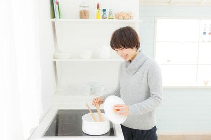 腰痛に悩む奈良県御所市の腰椎ヘルニアの女性