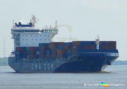 Feeder-Containerschiff CMA CGM NEVA