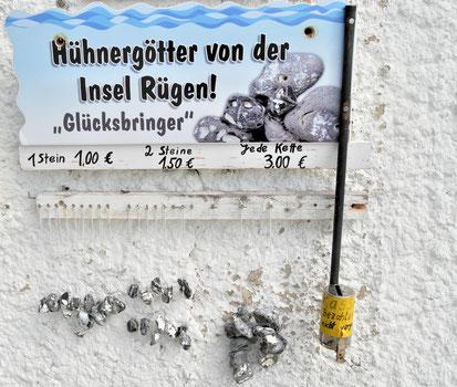 Rügen Reise: Ausflüge & Schönste Orte - Hühnergötter von Sassnitz