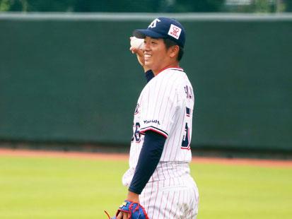 「小山田BCとのキャッチボール。笑顔を引き出す天才です」