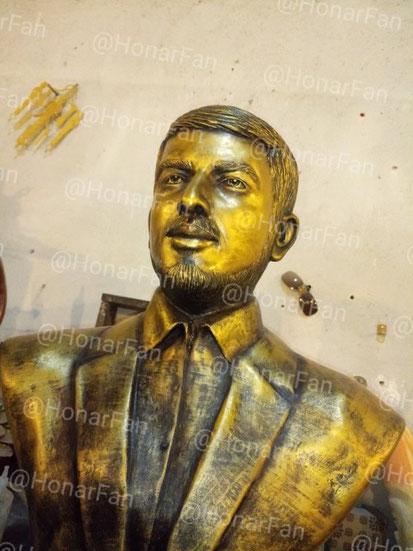 بهترین مجسمه ساز ایران سفارش ساخت مجسمه از روی عکس متوفی شهید شهدا پرتره سفارش نقاشی پرتره