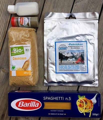 Pemmikan, Couscous, Spaghetti, Pfeffer, Salz