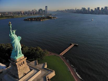 Die Freiheitstatue auf Liberty Island