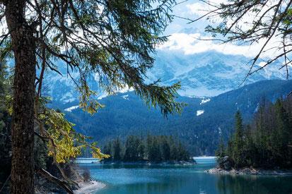 Eibsee, ein Bergsee wie aus dem Bilderbuch