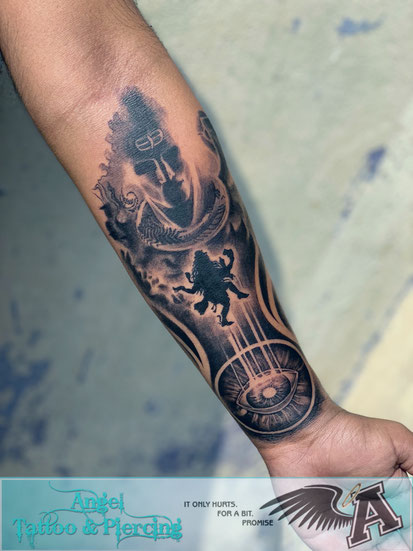 Amin professional and experienced tattoo artist in hyderabad & secunderabad with good, safe, sterile, hygenic, economical price, best, trained, with a clean & beautiful tatoo studio, training - Welcome to Amin`s Angel Tattooz and piercings studio, training and tattoo material supply in Hyderabad.