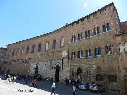 世界最古の病院 サンタマリアデッラスカラ救済院