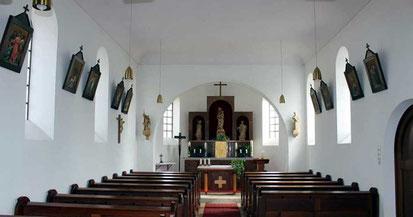 Innenraum der Nebenkirche St. Wendelin in Spielberg