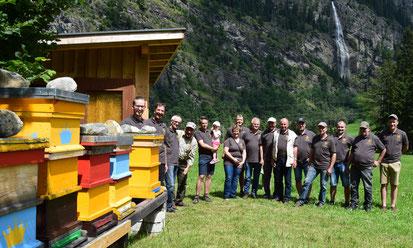 Wanderstammtisch zum Bienenstand von Karl und Matthias Mitterberger