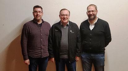 Vizepräsident Gerhard Bayerlein (Mitte), Fachwarten der Sparte Sportkegeln: Christian Buchner (links) und Rainer Bamberger (rechts), Foto: Thomas Dantonello, Mitteleschenbach