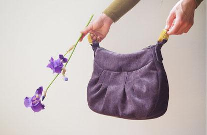 sac de createur en tissu sac à plis creation textile d'Inés Cano