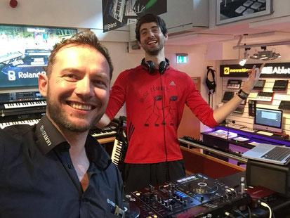 Eigene Radioshow in Europas größtem Musikhaus Thomann