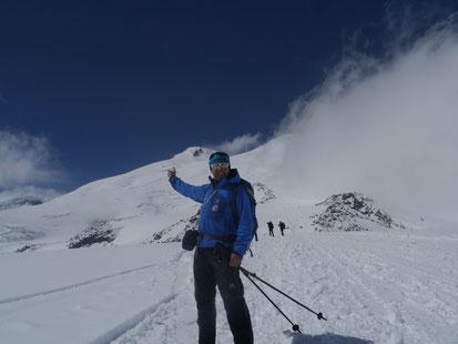 Elbrus Besteigen, Gipfelerfolg am Elbrus, Elbrus Hochtour, Elbrus Expedition